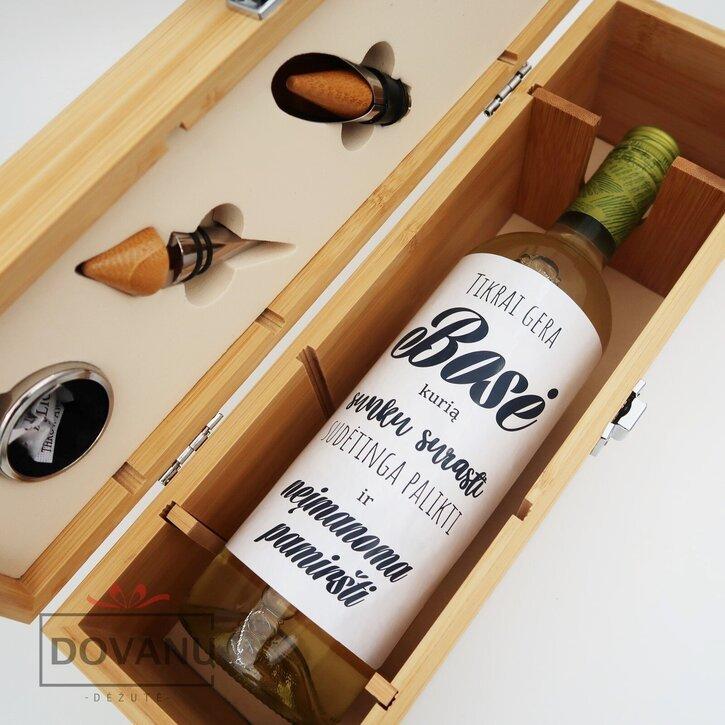 """Vyno įrankių rinkinys su etikete buteliui """"Boso laisvalaikio rinkinys"""""""